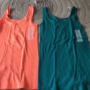 Old Navy cotton first layer tee - set of 2